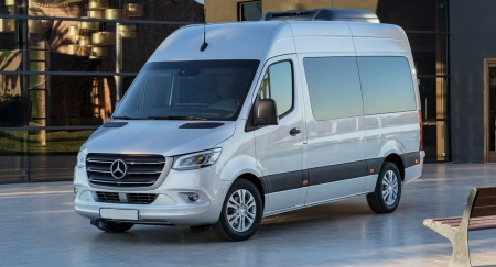 gallery/2019-mercedes-sprinter-00